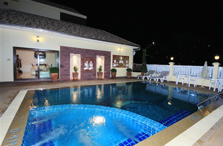 Royal Park Apartments Jomtien